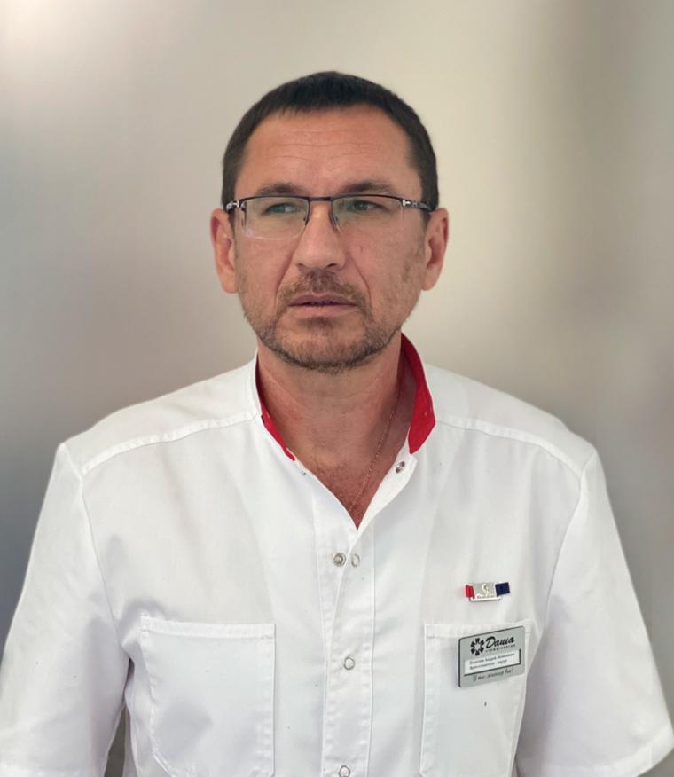 Имплантолог, стоматолог-хирург Полетаев А. Л.