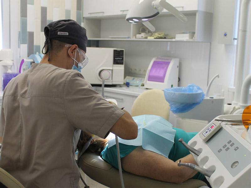 лечение зубов в Волгограде в стоматологии ДАША
