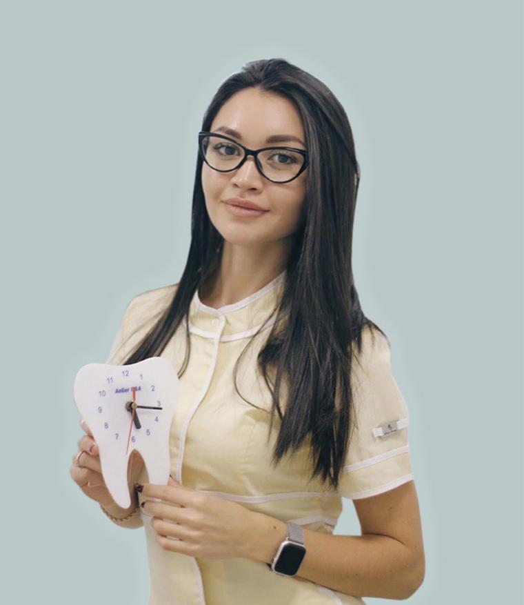 Стоматолог-ортодонт Соловова Н.Р.